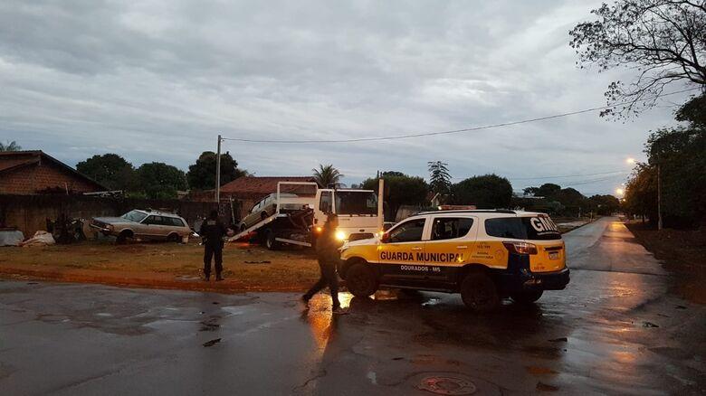 Motorista bêbado foge da Guarda Municipal e é preso após colidir com meio fio - Crédito: Divulgação