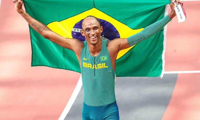 Alison dos Santos é bronze nos 400 m com barreiras - Crédito: Gaspar Nóbrega/COB/Direitos Reservados