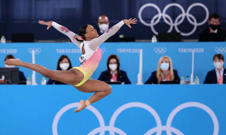 Após ouro e prata, Rebeca Andrade fica em 5º lugar no solo - Crédito: Ricardo Bufolin/CBG