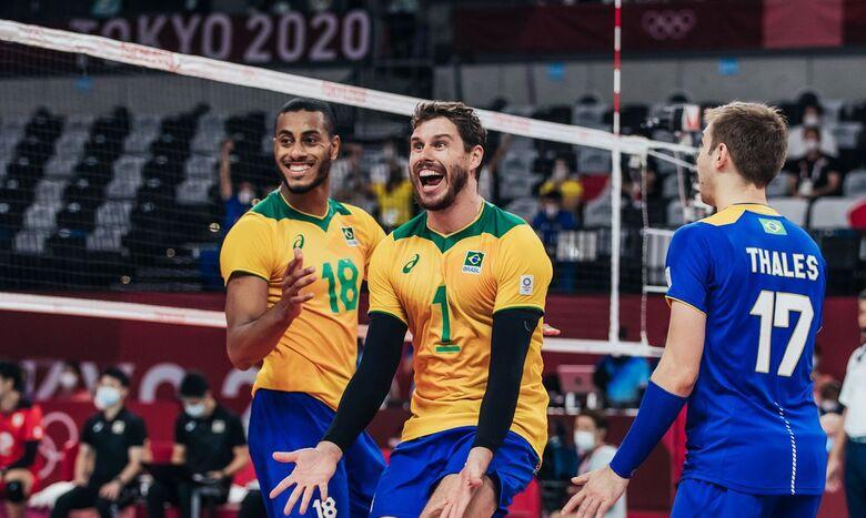 Seleção masculina supera Japão e pega Comitê Russo na semi - Crédito: Mirian Jeske/COB