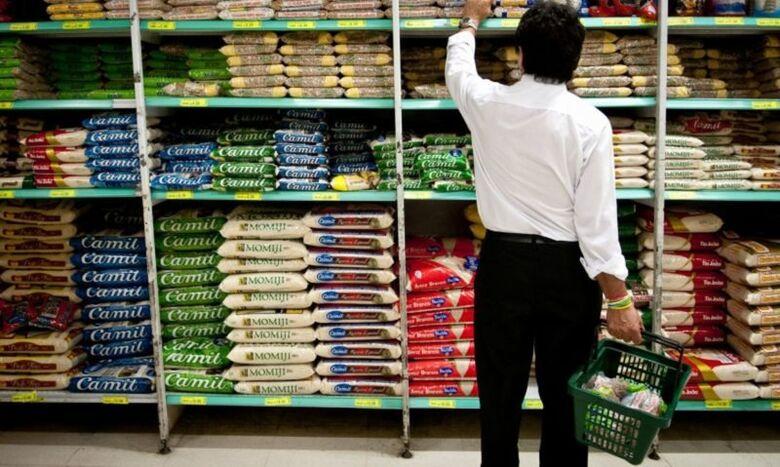 Variação de preços na cesta básica chega a 345,88% em Dourados -