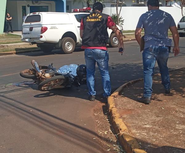 Motociclista morre em acidente na área central de Dourados - Crédito: Cido Costa