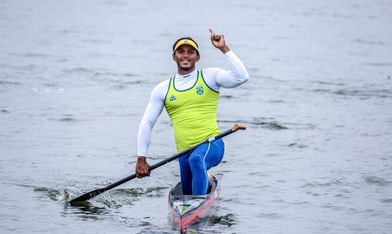 Isaquias Queiroz inicia sonho do ouro na canoagem em Tóquio - Crédito: Pedro Ramos/rededoesporte.gov.br