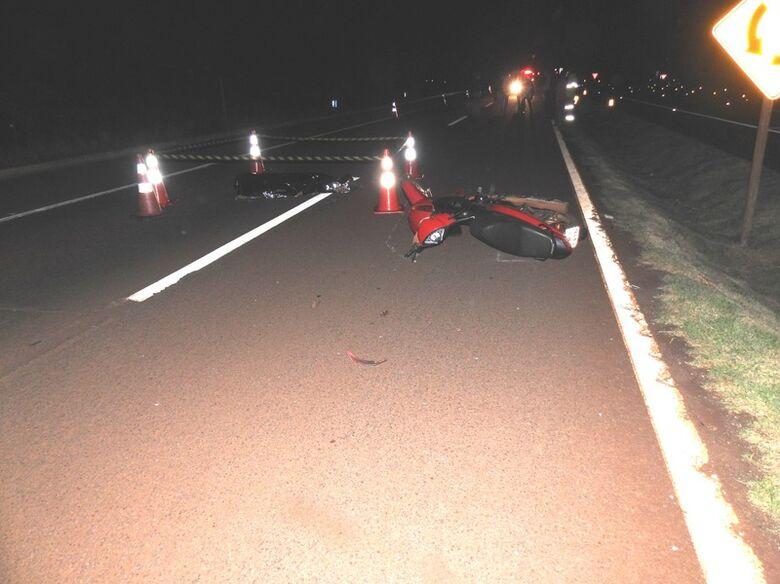 Motociclista morre após colidir contra capivara na BR-163 em Dourados -