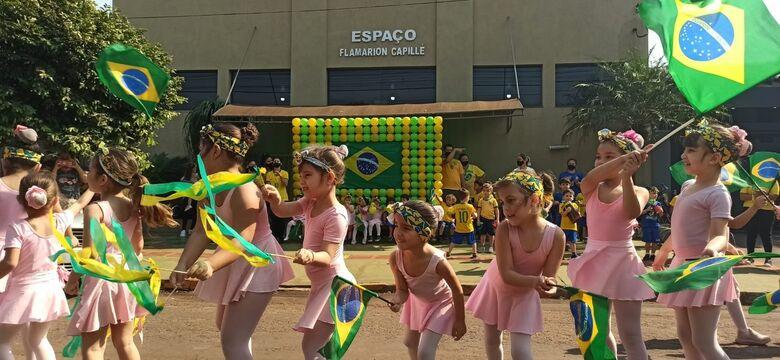 Com desfile cancelado, creche faz programação própria de 7 de Setembro - Crédito: Eliel Oliveira