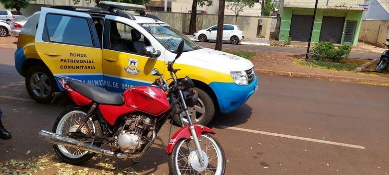 GM apreende moto com mais de R$ 5 mil em débitos e bloqueio judicial -