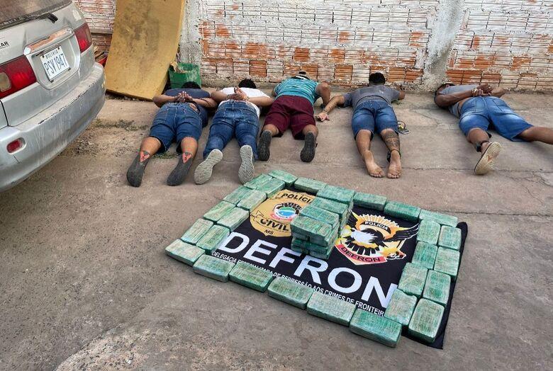 Sete são presos pelo Defron durante Operação 'Branca Pura' - Crédito: Divulgação