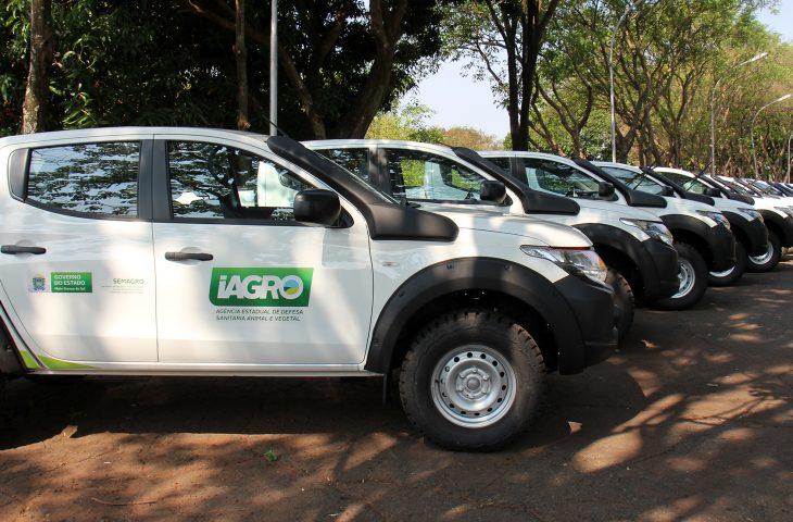Na busca pelo status de Estado livre da febre aftosa sem vacinação, Governo entrega 40 caminhonetes à Iagro - Crédito: Chico Ribeiro