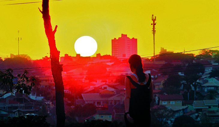 Inmet alerta para onda de calor e umidade abaixo de 12% em Mato Grosso do Sul - Crédito: Saul Schramm