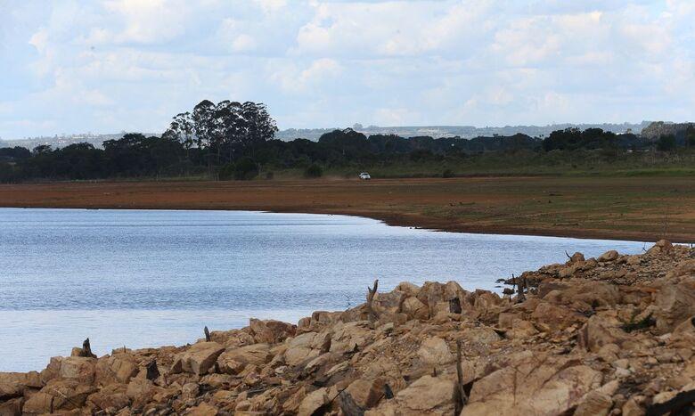 Intempéries climáticas são monitoradas pelo homem do campo - Crédito: Fabio Rodrigues Pozzebom/Agência Brasil