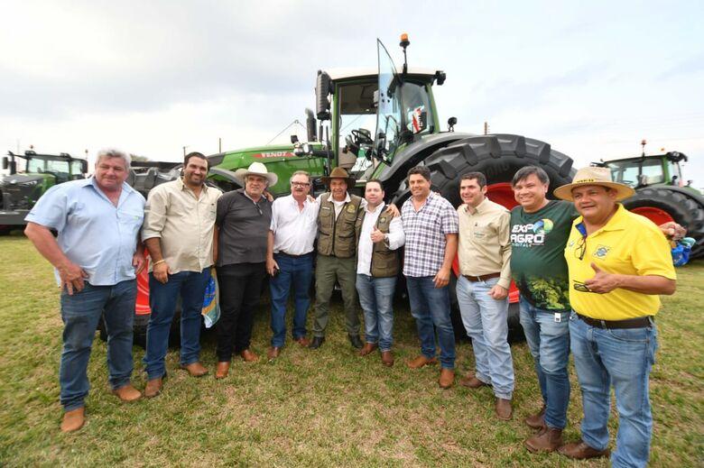 Feira de Negócios contou com visita do ministro do Turismo Gilson Machado Neto, produtores rurais, expositores e autoridades do Estado no Parque de Exposições - Crédito: Roberto Castro/MTur