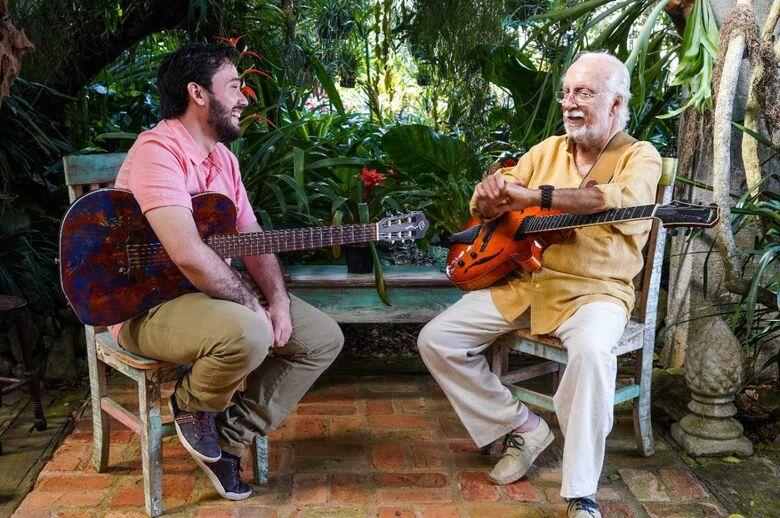 Músico sul-mato-grossense está divulgando o terceiro trabalho com o mestre da Bossa Nova - Crédito: Arquivo pessoal/Alan Almeida