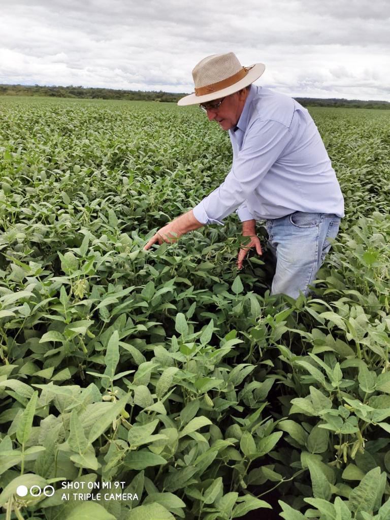Agricultor Gilberto Bernardi acredita que o compromisso com o meio ambiente é essencial para a atividade - Crédito: Arquivo pessoal/Gilberto Bernardi