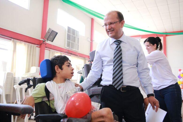 Barbosinha destaca luta em prol das pessoas com deficiência -