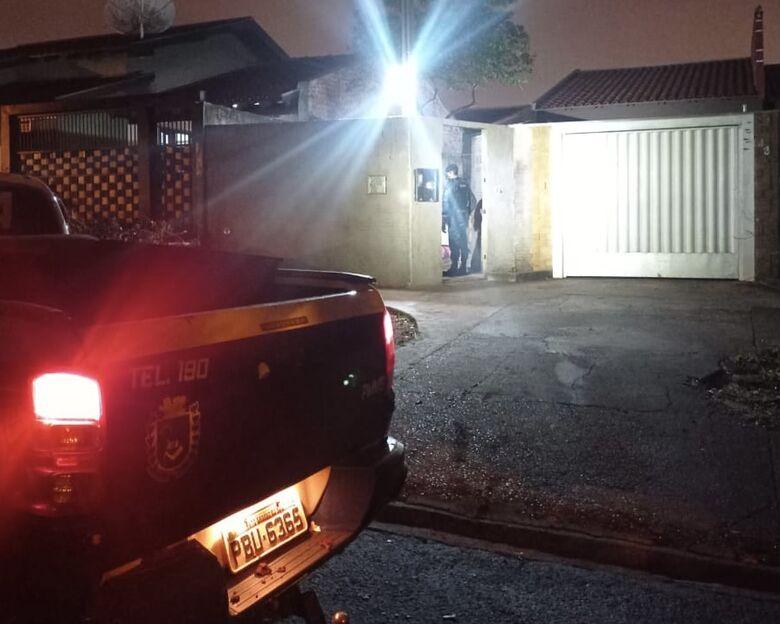 Em sábado de chuva, Polícia Militar prende quatro pessoas em Dourados - Crédito: Divulgação/PM