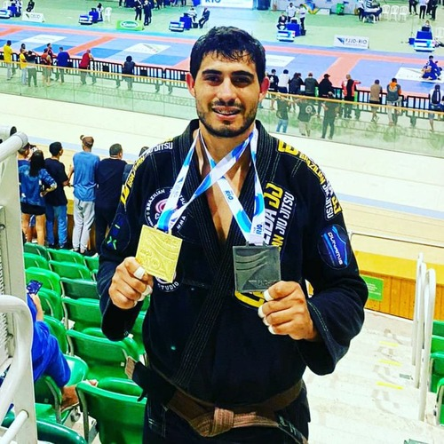 Lutador douradense é destaque na 'Taça Rio' e conquista medalha em 1º lugar - Crédito: Arquivo Pessoal