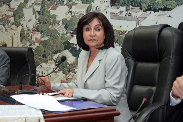 Délia Razuk admitiu ontem a possibilidade de disputar a Prefeitura de Dourados Foto: Arquivo  -
