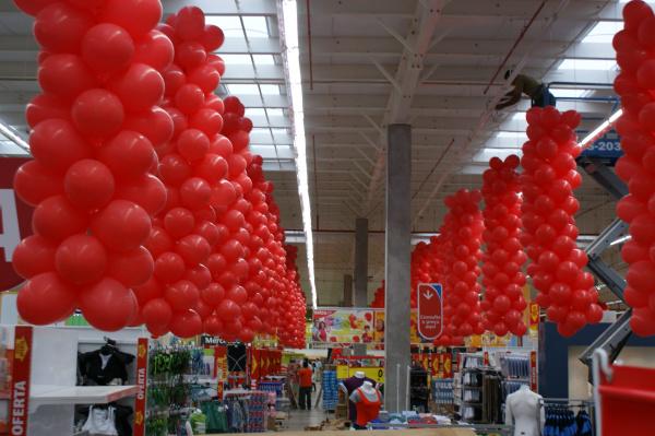 Hipermercado Extra inaugura hoje trazendo 60 mil itens desde alimentação a produtos tecnológicos Foto: Hédio Fazan   -