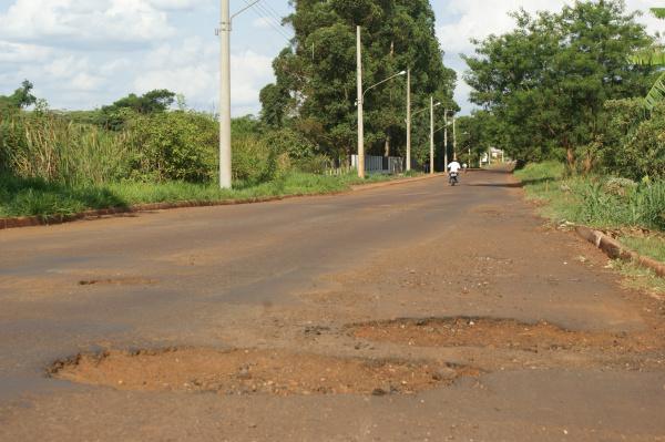 Dinheiro supostamente desviado seria para a recuperação de ruas de Dourados Foto: Hédio Fazan -