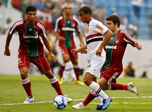 Fluminense fica muito perto do título; porém, terá o Palmeiras na próxima rodada e todos os olhos se volta para essa rodada que é uma decisão. Foto:Wander Roberto   -