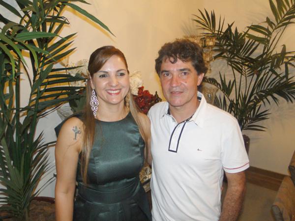 Anfitriões da noite: Márcia e Renê Rocha -