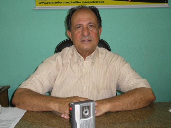 Deputado estadual Zé Teixeira, reeleito para o quarto mandato Foto: César Cordeiro  -