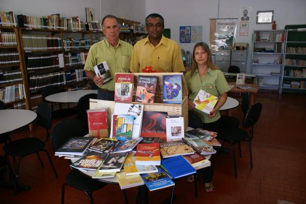 Secretário Carlos Martins, José Carlos Fagundes e Zilda Marquezolo  Foto: José Carlos -
