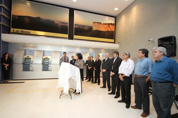 Prefeita e governador participam de inauguração do BB no shopping Crédito: A. Frota      -