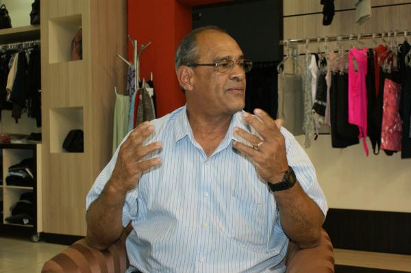 Gilberto Santana, segundo presidente da CDL:  comércio era fraco e desorganizado Foto: Hedio Fazan -