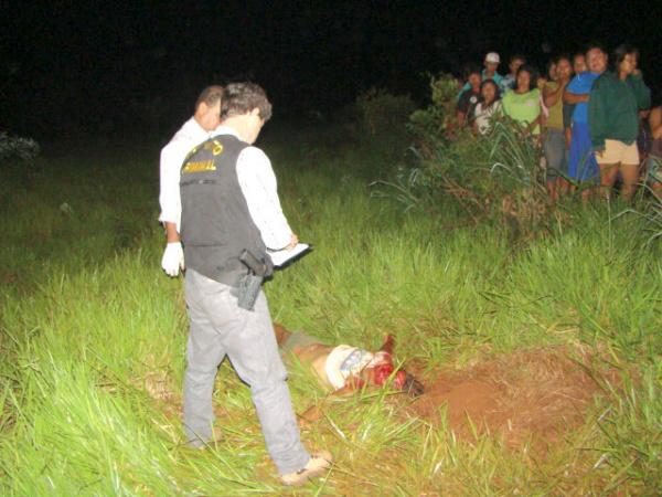 Jovem índia foi encontrado morta num matagal; a irmã dela está desaparecida Foto: Sidnei L. Bronka   -