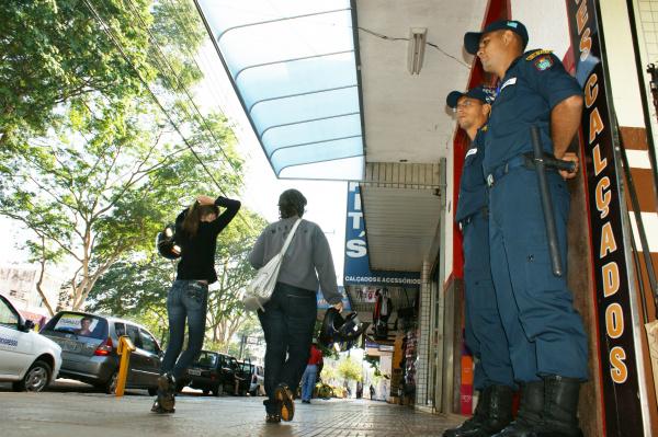 O policiamento cobrirá cerca de 500 lojas na área central  Foto: Hédio Fazan   -