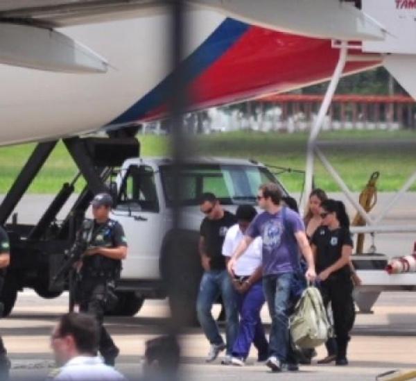 Sandra Sapatão durante desembarque no aeroporto da Capital Foto: João Garrigó - Crédito: Campo Grande News