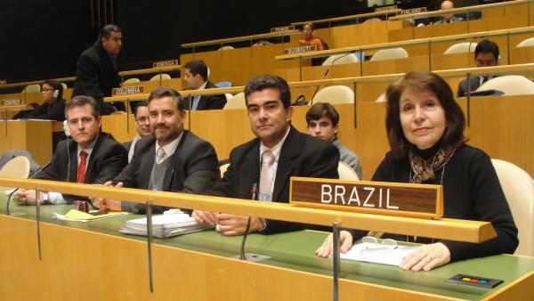 Marçal Filho com os deputados Paulo Pimenta e Pedro Valadares na Conferência da ONU Foto: Divulgação   -