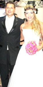 Os noivos Aline e Rubens -