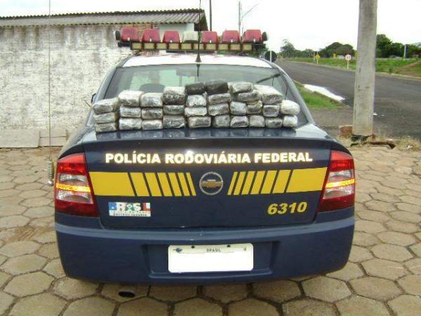 Cocaína apreendida pela PRF saiu de Dourados rumo a SP  - Crédito: Foto: Divulgação