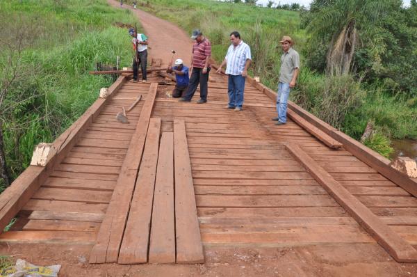 Obras reforma e construção vem sendo realizandas em vários locais  - Crédito: Foto: Felipe Schinaider