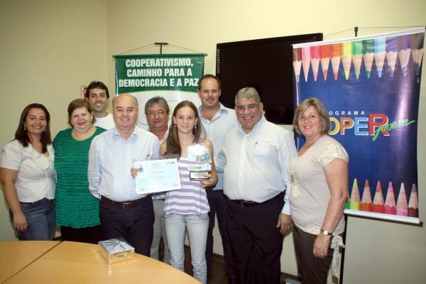 Escola Marcos Freire conquista prêmio tendo Franciele como vencedora  - Crédito: Foto: Natálho Cuer