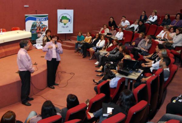 André Puccinelli agradeceu aos secretários e técnicos presentes na reunião  - Crédito: Foto: Divulgação