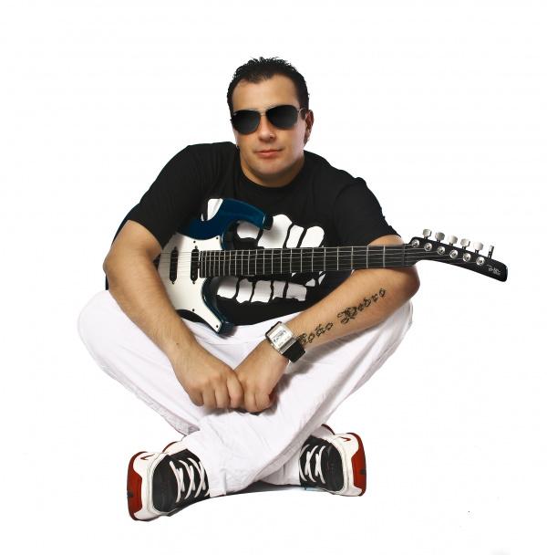 """Cantor Ratto é compositor da música """"Canudinho""""   - Crédito: Foto: Divulgação"""
