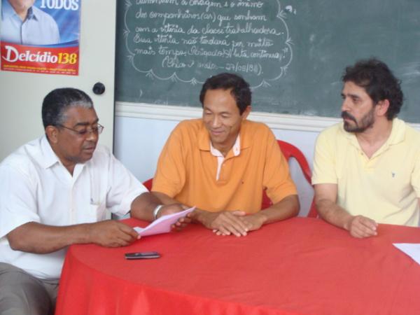Vereador estava ontem na sede do partido para oficializar pré candidatura  Foto: Nicanor Coelho  -