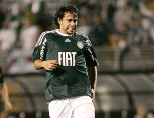 Valdivia não assinou documento destinado aos atletas - Crédito: Foto: Julyana Travaglia / Globoesporte.com