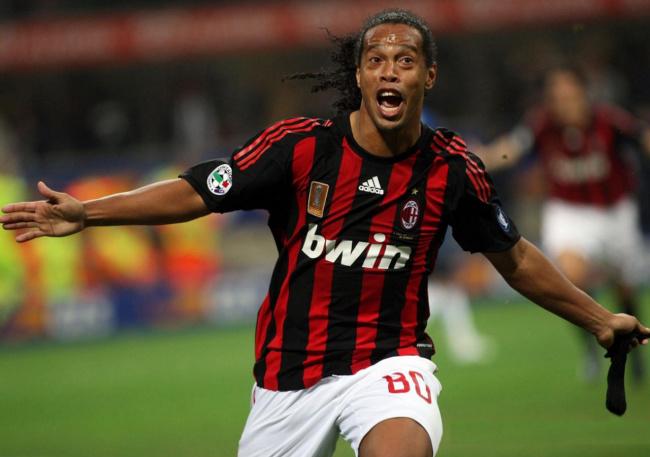 Grêmio diz que liberação do Milan é o único grande empecilho para o retorno de Ronaldinho  - Crédito: Foto: Divulgação