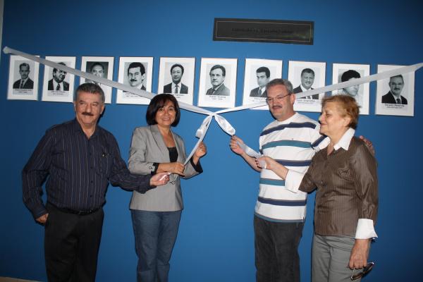 Prefeita Délia Razuk entregou galerias de ex-prefeitos na última sexta-feira  - Crédito: Foto: Hédio Fazan