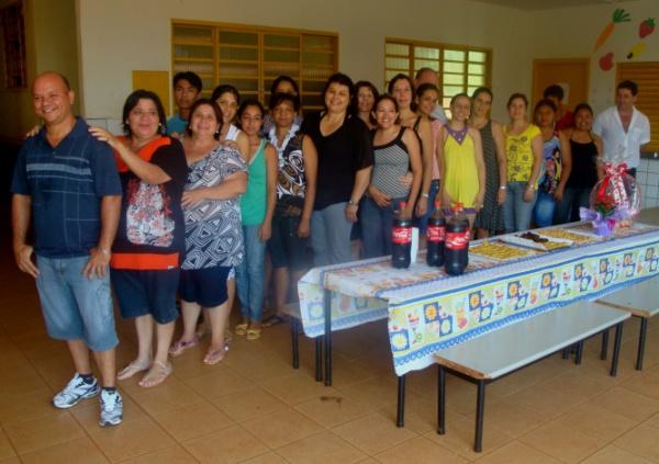 Prefeito Darcy e participantes do curso de educação continuada que aconteceu em Douradina  - Crédito: Foto: Divulgação