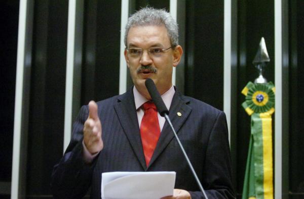 Geraldo Resende anuncia recursos para saneamento básico em mais sete municípios de MS  - Crédito: Foto: Divulgação