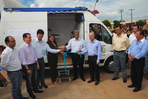 Unidade Móvel Ginecológica foi entregue pelo governador  - Crédito: Foto: Divulgação