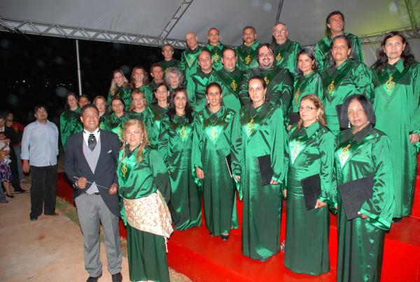 Magia do Natal fala mais alto com as atrações proporcionadas por Fátima do Sul   - Crédito: Foto: Rogério Sanches