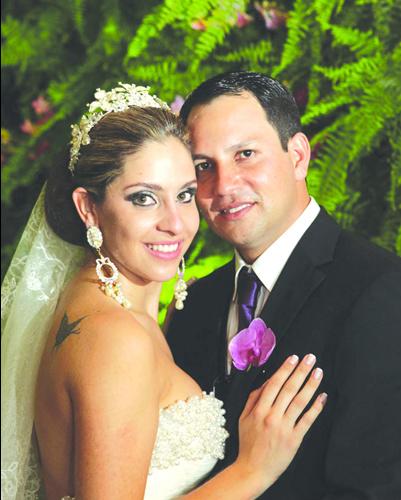 Os noivos Gabriela e Fábio -