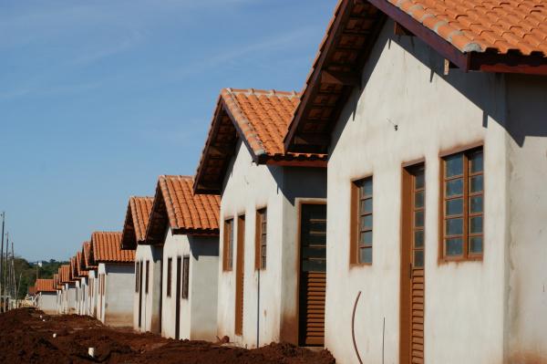 No município de Dourados são 789 unidades habitacionais em fase de entrega Foto: Hedio Fazan  -