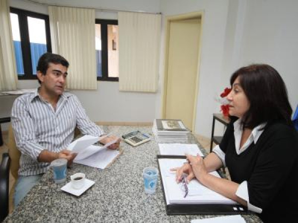 Legenda – Marçal e Délia anunciam empenho de R$ 1,5 milhão para obras do Pronto Atendimento Infantil  - Crédito: Foto: Divulgação